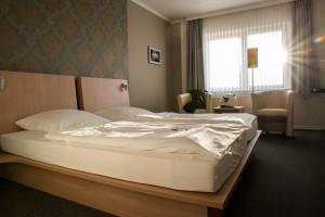Mein Zimmer im Hotel am Abend