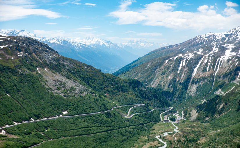 Unterwegs mit der Motorrad-Gang: Albula Pass, Gotthard Pass, Furka Pass, Grimsel Pass…